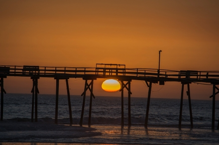 Sunset Atlantic Beach at 17:51:46 on 22nd ISO 100 f/5 1/500s