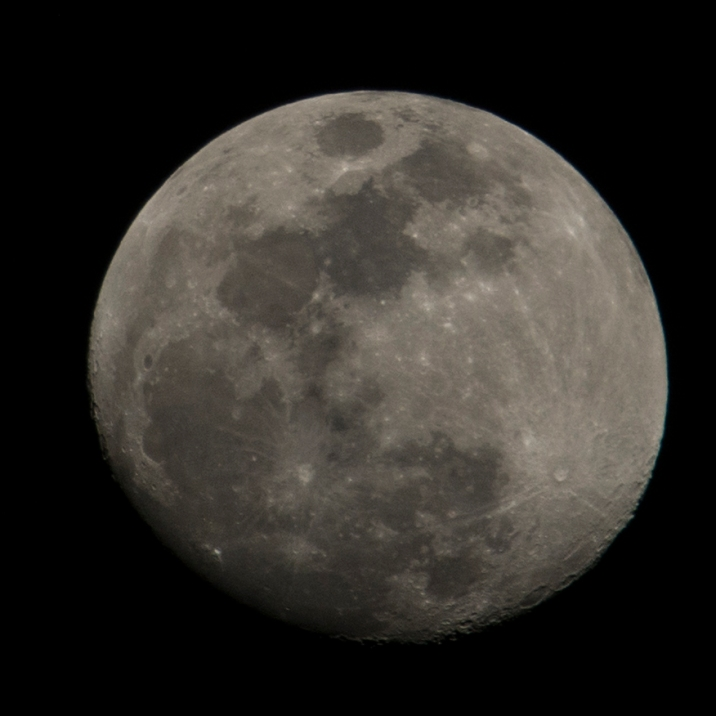 February 27th - Waxing Gibbous - 92% up - taken at 19:02:32 ISO 200 f/11 1/200s