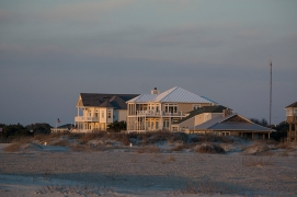 Houses at the Emerald Pointe - Emerald Isle on 9 March at 17:54:25 ISO 125 f/4.5 1/100s