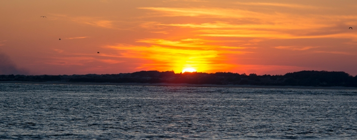 Sunset at the end Emerald Isle on 9 March at 18:06:18 ISO 100 f/5.3 1/200s