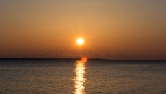 Sunrise at 07:33:43 ISO 320 f/10 1/400s