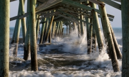 Atlantic Beach on 16th at 18:02:55 ISO 10 f/14 1/20s