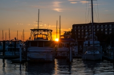 Sunset on 22 March at the New Bern Grand Marina at 19:15:25 ISO 100 f/6.3 1/100s