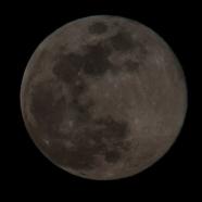 Moon Rise at 20:10:26 Full Moon 100% ISO 200 f/9 1/200
