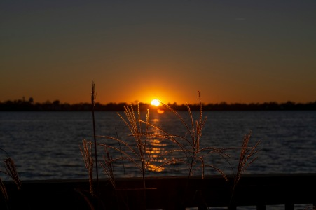 Sunset New Bern at 18:17:34 on 21 Oct Shutter Speed: 1/250 Aperture: f/8 ISO: 125