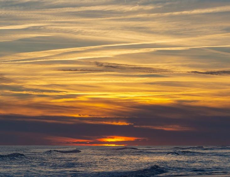 Sunset at 17:54:32 Shutter Speed: 1/100 Aperture: f/4.5 ISO 100