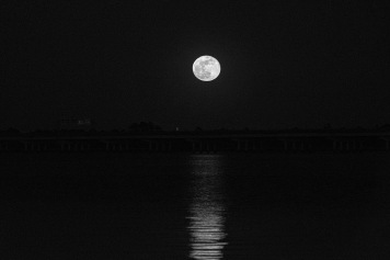 Full Moon rising over Neuse B&W