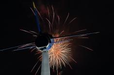 Taken at: 21:26 Shutter Speed: 6.2 sec Aperture: f/11 ISO: 200 Focal Length: 50mm
