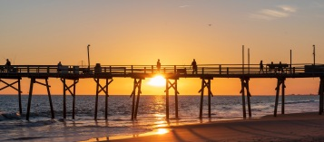 Taken at Atlantic Beach on 24 October at 18:11 Shutter Speed: 1/30 Aperture: f/14 ISO: 79 Focal Length: 50